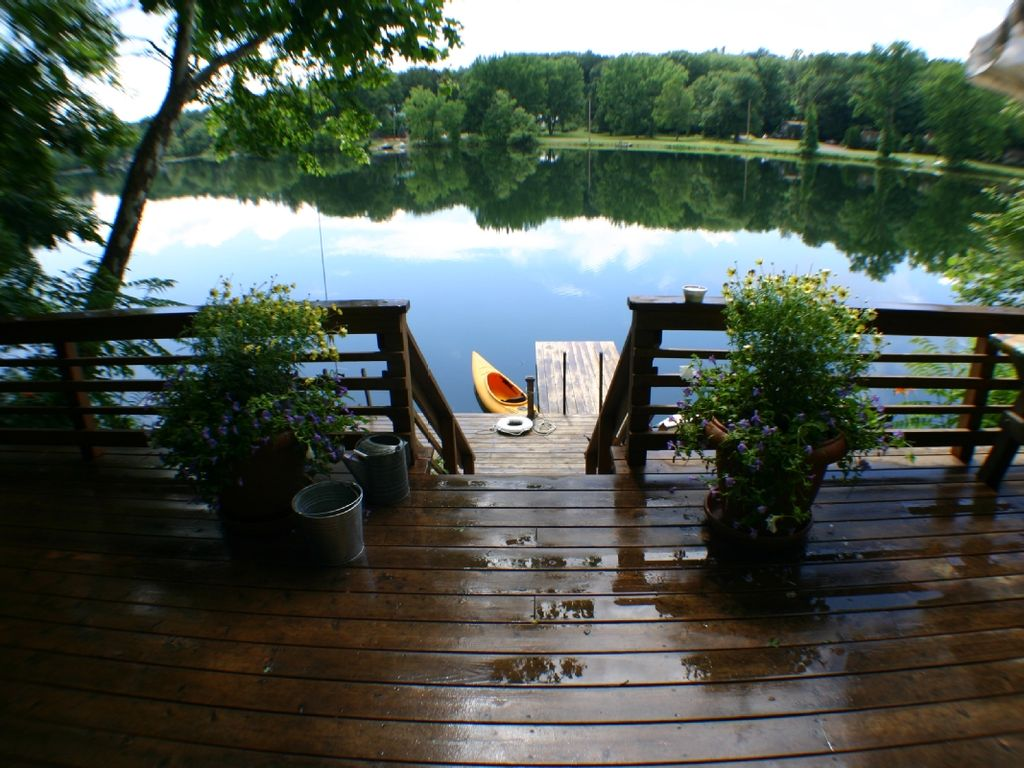 Private Lakefront Cottage On Spring Fed La Vrbo