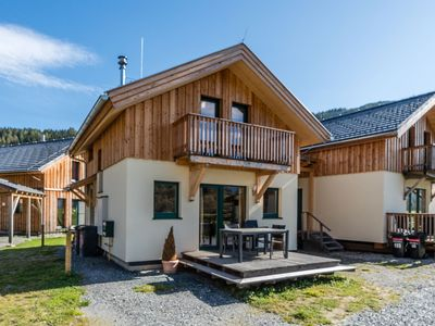 Photo for Detached, luxurious wooden chalet nearby the Kreischberg with a sauna and whirlpool