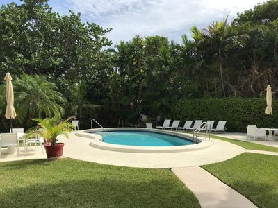 Photo for NEW LISTING! 2 bdrm/1 bath. 5-min walk to Beach. Pool & Parking
