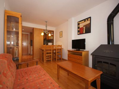 Photo for 1BR Apartment Vacation Rental in Benasque