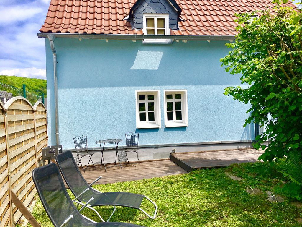 romantic in the taunuswald near frankfurt with exclusive sauna and dogs welcome braunfels. Black Bedroom Furniture Sets. Home Design Ideas