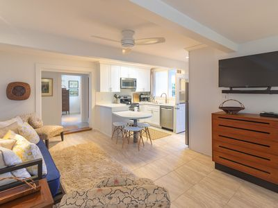 Photo for Centrally Located Near Diamond Head With Views Of The Pacific Ocean