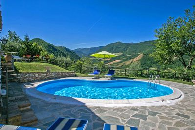 Villa Colombaia - Private pool with panoramic view