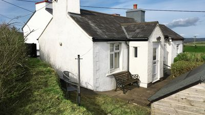 Photo for Colloway Cottage - One Bedroom House, Sleeps 2