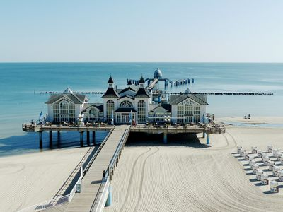 Photo for Near the beach, resort architecture, winter garden ++ complaints, Baltic Sea, Sellin