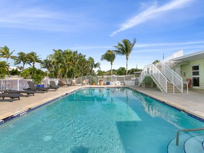 Photo for Gorgeous studio with pool 200 meters from the beach
