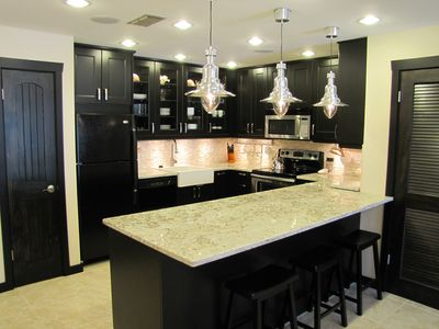 A Villa isn't a Villa without good food! A modern completely equipped kitchen!