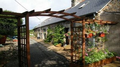 Photo for Converted farm buildings in pretty hamlet