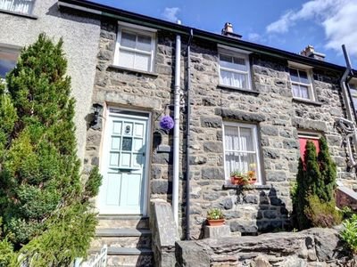 Photo for North Wales holiday home within walking distance of shops, pubs and restaurants