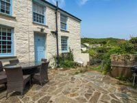 A perfect cottage in a perfect Cornish village