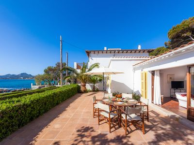 Photo for The perfect summer residence in first sea line.