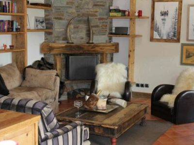 Photo for Chalet des Celts:4 bed traditional family chalet, ski-in with spectacular views!