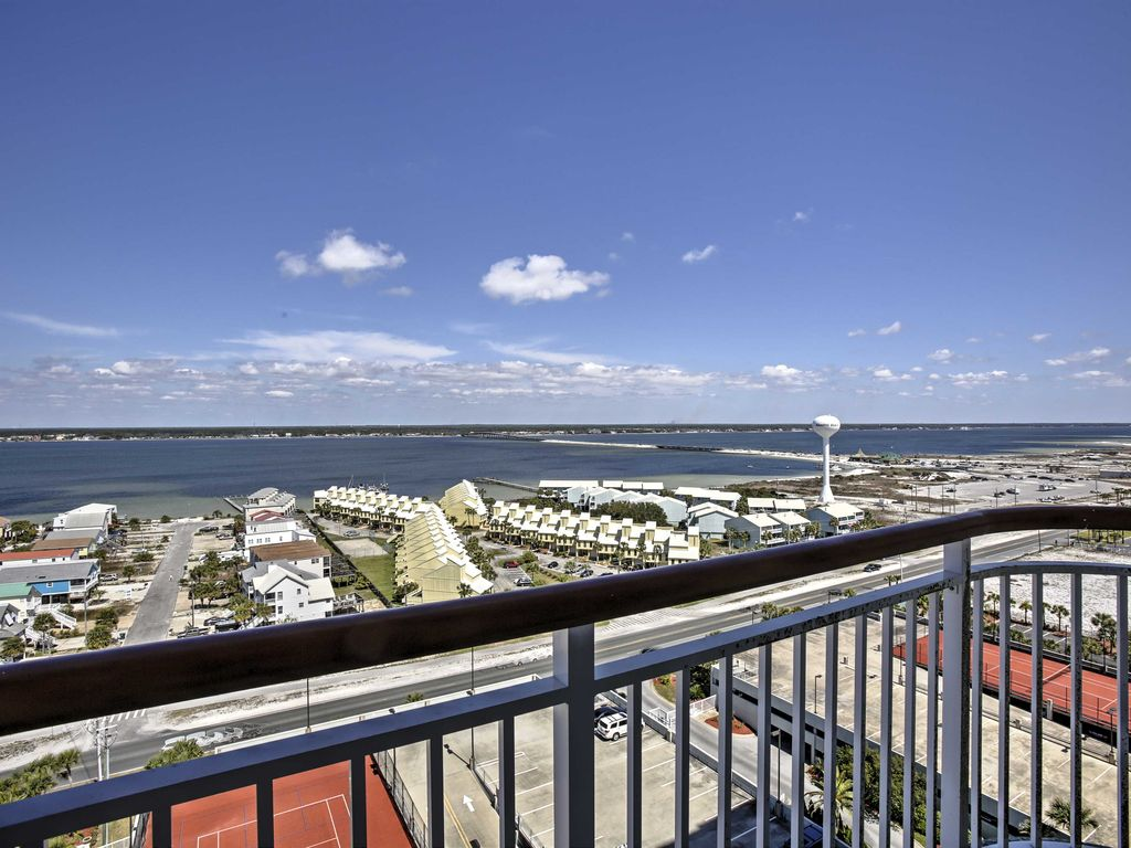 NEW Beachfront 3BR Navarre Beach Condo wBalcony