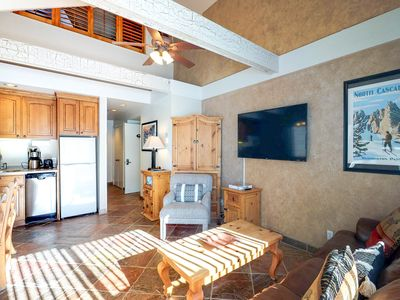 Photo for NEW LISTING! Ski-in/ski-out loft condo w/ shared pool, hot tub, & gym