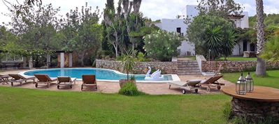 Photo for Villa with pool at the top of the valley