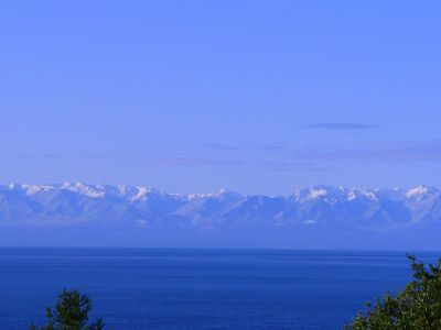 Photo for Spectacular West side views of Strait, Olympics, Victoria, south to Mt Rainier.