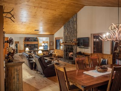 Photo for Warm Cozy Mountain Lodge Spacious 5 bedrooms, Game Room, 4 baths, 3 Decks.