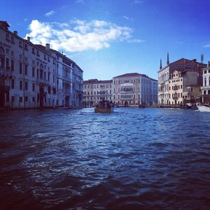Photo for Central Apartment. Beautiful apartment in the heart of Venice
