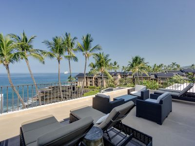 Photo for Ocean View Condo w/ Large Private Lanai, AC, WiFi, Shared Pool & Hot Tub- Perfect for Couples
