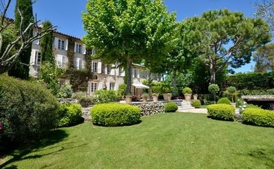 Photo for Beautiful Family Friendly Bastide in Mougins
