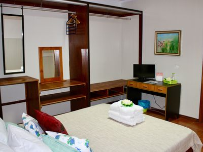 Photo for Double room 16 m King size bed 1,95 x 1,50 m, tv, parking and shared bathroom.
