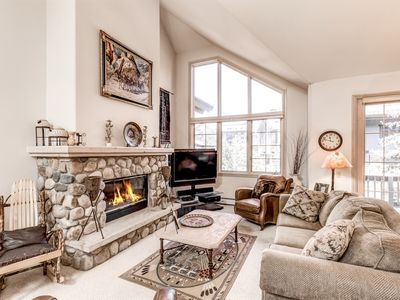 Photo for Slope-Side Luxury 4BR w/ Hot Tub & River Rock Fireplace, Walk to Ski Resort