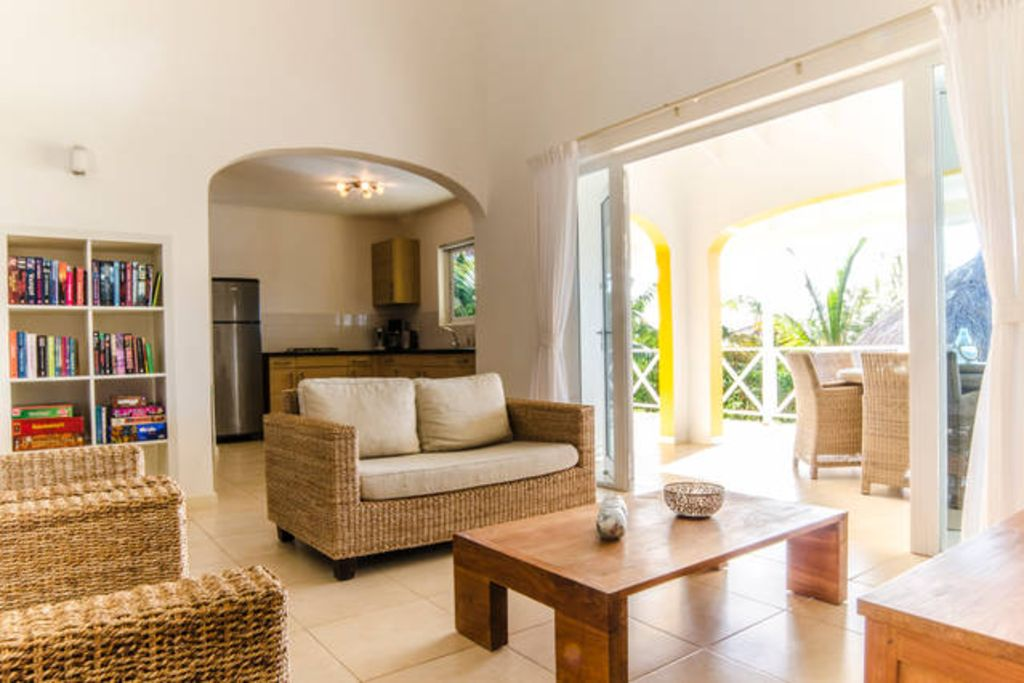 Beautiful apartment for 6 people with private pool.