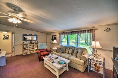 Comfortably sleeping 8, this retreat is ideal for family or friends.