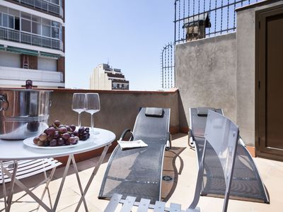 Photo for 3 bedrooms with lovely terrace next Plaza España