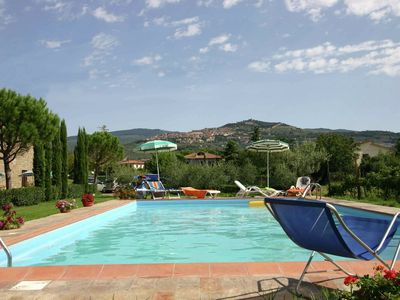 Photo for Peaceful Farmhouse in Cortona with Swimming Pool