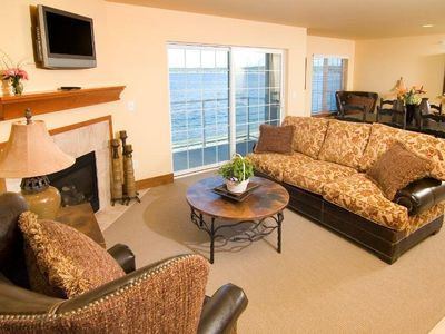 Photo for Bayside Resort 2BR with Beach Access and Onsite Dining