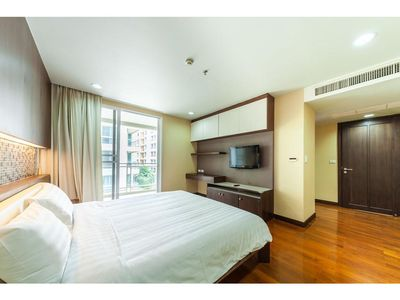 Photo for Double Trees Residence One Bedroom Unit #3