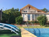 Great villa with beautiful garden and amazing pool.