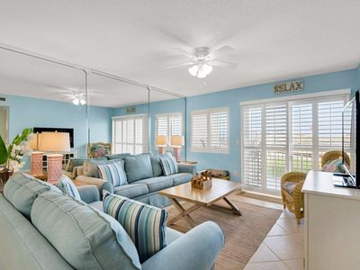 Photo for Hol Surf & Racquet Club 102-2BR☀OPEN Apr 21 to 24 $733!☀GulfFront-Ground Floor!
