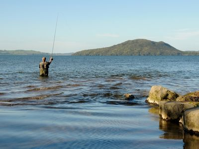 Photo for 【Zodiac Bay Retreat】Lakefront only 20 meters from your back door