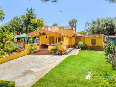Photo for 300 meters from the sea, garden, private parking and bbq area