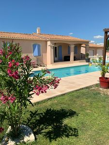 Photo for Attractive property with private pool in Mollege, Alpilles