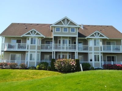 Photo for Deluxe Golf Course Condo - Fully Furnished -  30 Day Minimum Required Stay