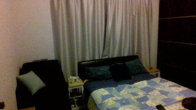 Photo for Queen bed room 10 mins to beach, city & Flinders