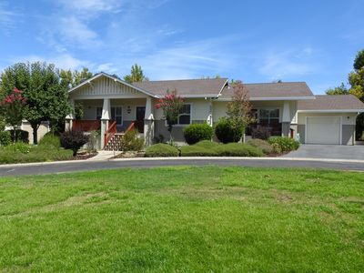 Photo for Boulder Cottage- across the street from fine dining and golf!