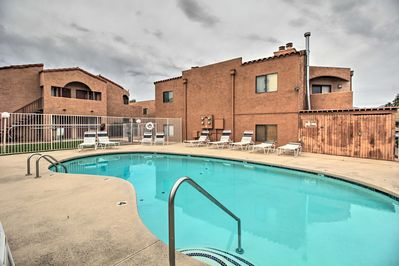 Enjoy the lively Tucson area while staying at this lovely vacation rental condo.