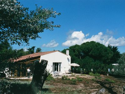 Photo for Villa in the countryside, on vast closed ground near the beach .4 pers