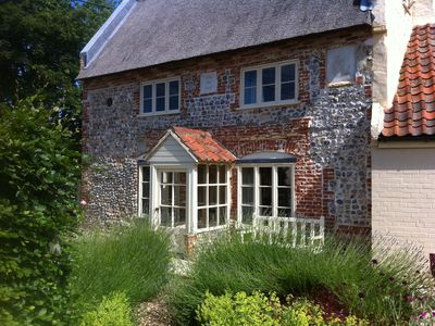 Photo for Historic Thatched Cottage Close To The Coast