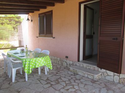 Photo for Villa lido ravine independent apartments just steps from the beach.