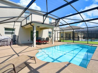 Photo for PRIVATE POOL,LARGE PRIVATE DECK BACKING TO CONSERVATION, VERY CLOSE TO THEME PARKS!!