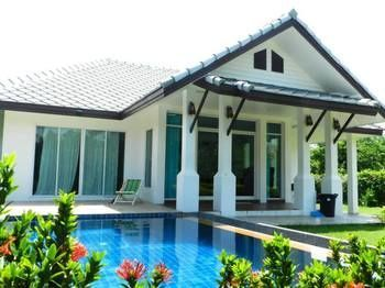 Photo for Cha-am Pool Villa - In Cha-am