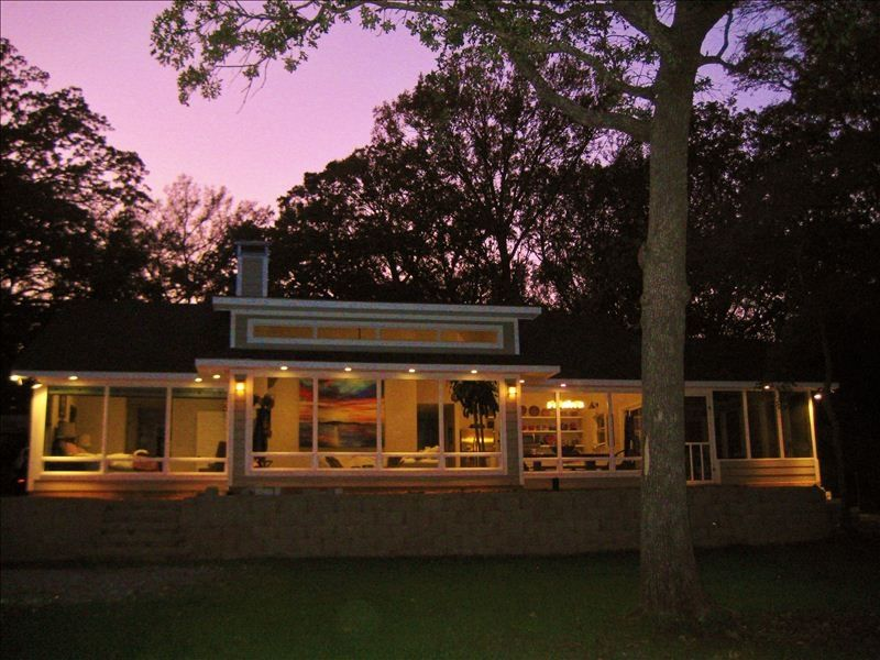 Beach front water front 1 homeaway for Lake texoma cabins with hot tub