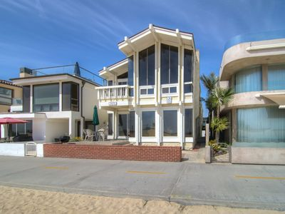 "Photo for ""Dolphin View"" (Lower) Modern, Lovely Oceanfront With Nice Boardwalk Patio"