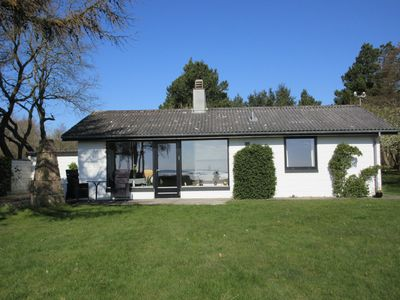 Photo for Beautiful holiday cottage close to the Limfjord, the beach & Ejerslev harbor.