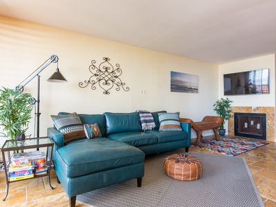 Photo for Ocean View, Beach Access, Pool & Jacuzzi on Bluffs